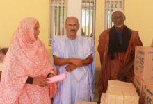 Photo of مستشار بلدي يتبرع بكميات معتبرة من مواد التظيف لبلدية عرفات