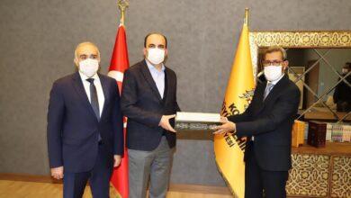 صورة العمدة يجري لقاءات مهمة في تركيا